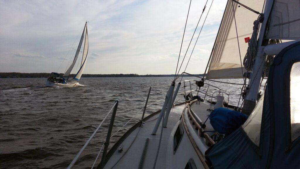 Sailing Cruising Tips