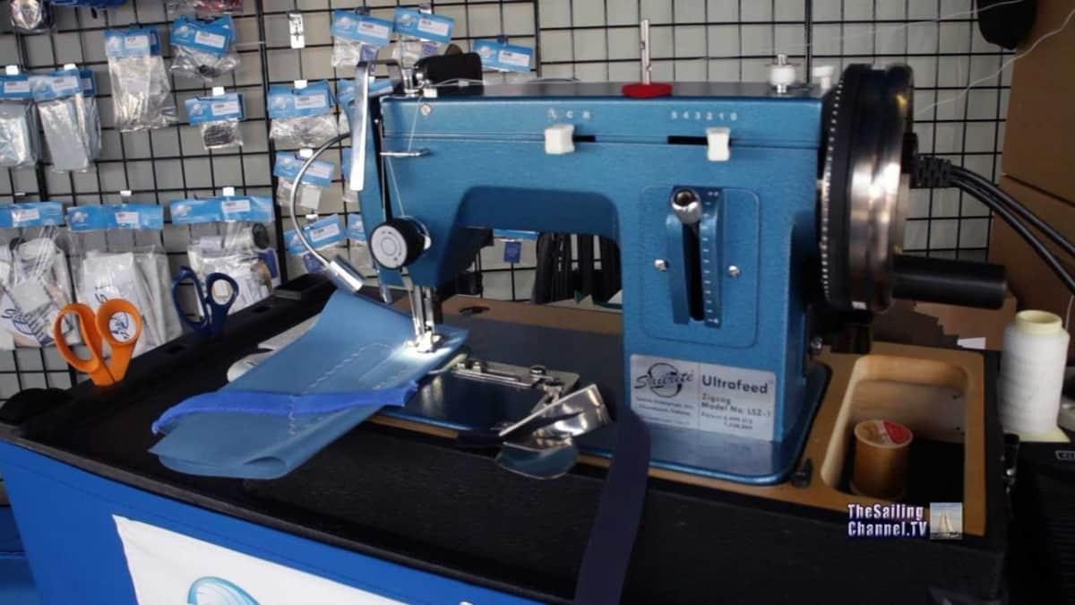 Sail Repair Sailrite machine