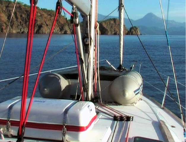 Sailvation Sailboat Charter Briefing Liferaft & Inflatable