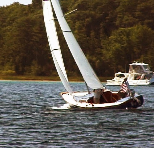 Singlehanded Docking Sail Trim -