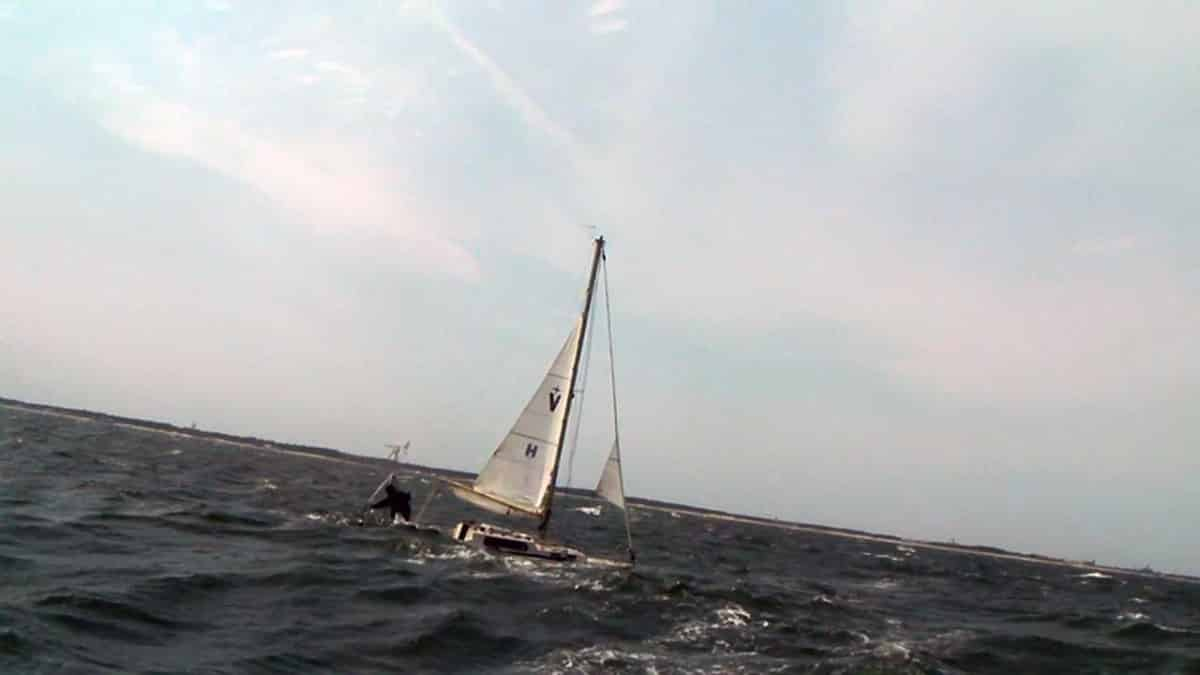 Watch Outstanding Sailing Videos Documentaries And How To Sail Instructional Pamphlet On Forums Off Topic Forum Approaching Finish Line 2