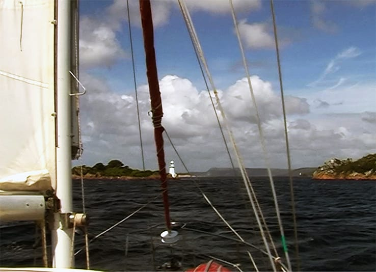 Tasmania1 - Sailing into Hell's Gate