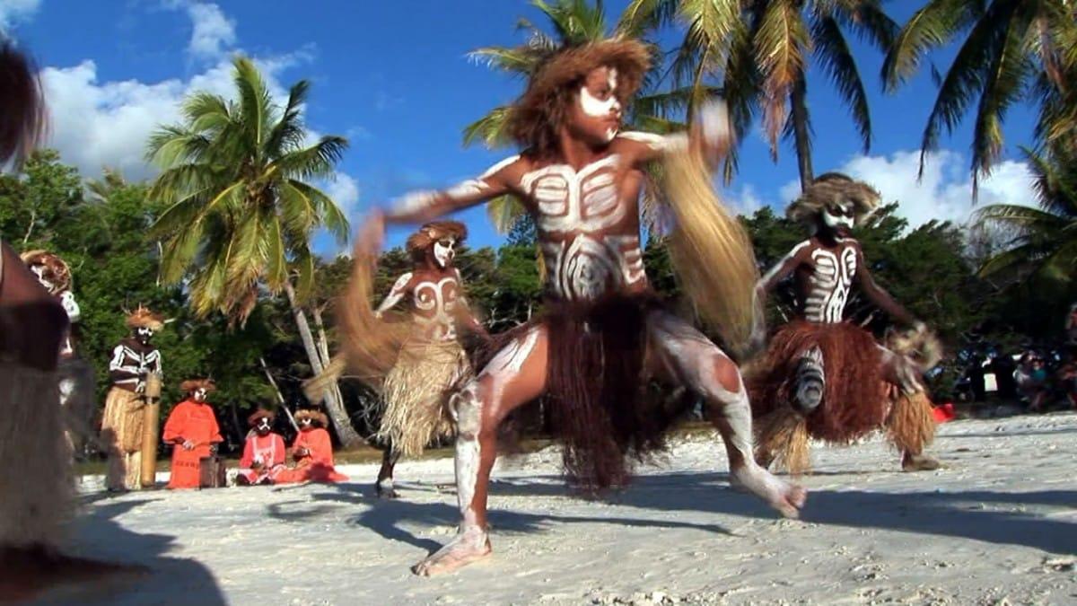 Sail Around New Caledonia - Kunie Dancers