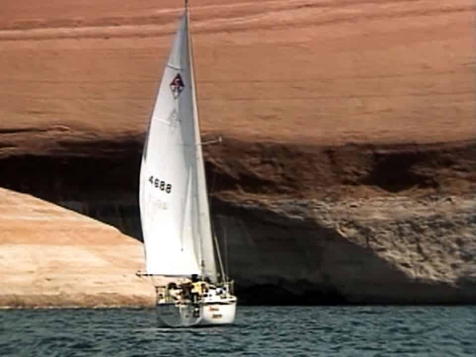 Lake Powell, Utah - Lake Cruising Video